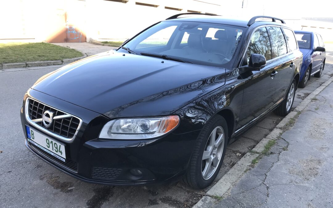 Volvo V70 2.4 D5 158kW AT6,2012,
